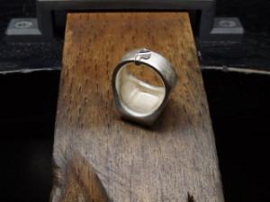 シルバーアクセサリーの作り方ワクス鋳造後1