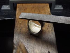 シルバーアクセサリーの作り方ワクス鋳造後2
