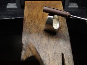 シルバーアクセサリーの作り方ワクス鋳造後3
