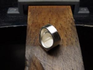 シルバーアクセサリーの作り方ワクス鋳造後4