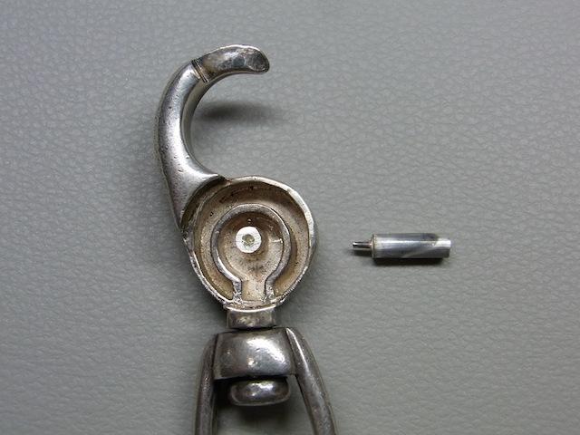 ウォレットチェーン キーチェーンフック バネ折れ修理2